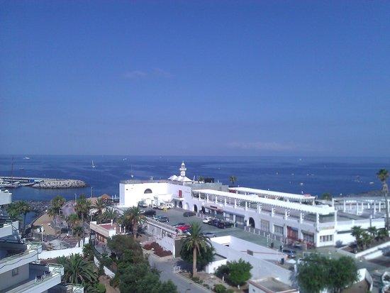 Be Live Experience La Nina: outside balcony view