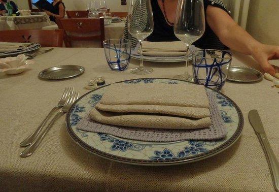 La Tavernetta: Tavola apparecchiata