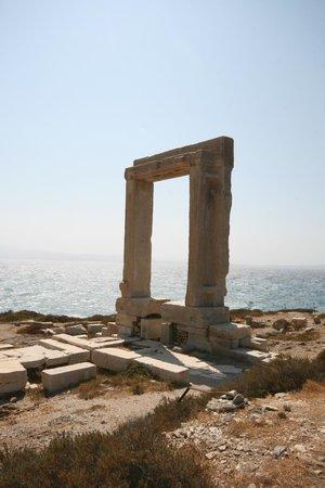 Città di Naxos, Grecia: ΠΟΡΤΑΡΑ - ΝΑΞΟΣ