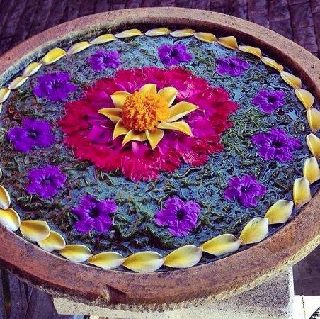 Green Garden Hotel: Flower arrangement