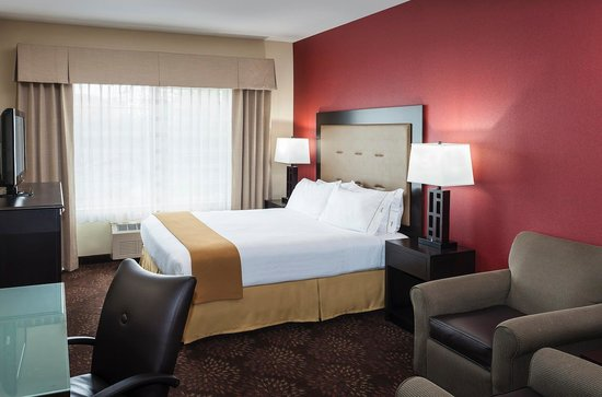 Holiday Inn Express Anchorage : King Guest Room