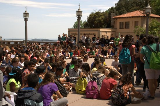 Barcelona Turisme - Afternoon in Montserrat Tour: outside area