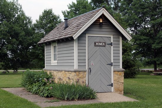 Beckman Mill : modern day outhouse