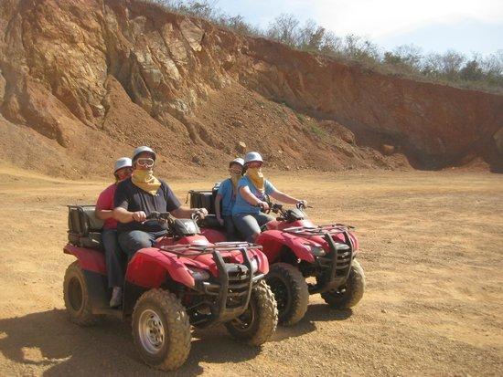 Mazatlan Tours: Obstacle course area