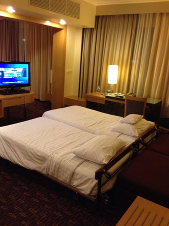 Novotel Bangkok on Siam Square : Additional for my 2kids in junior suite.