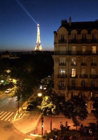 Hotel Duquesne Eiffel: View from Room 56.  Make sure to request Eiffel Tower View when you make booking (may be a premi