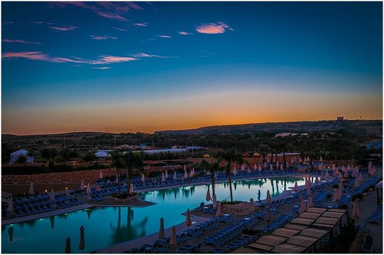 db Seabank Resort + Spa: Malta Sunset 4