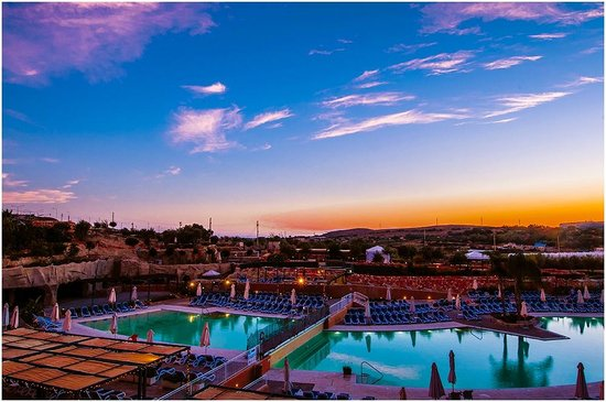 db Seabank Resort + Spa: Malta Sunset 1