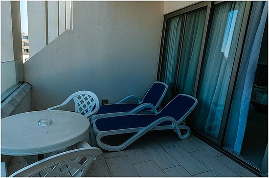 db Seabank Resort + Spa: Large Balcony