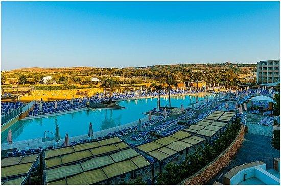 db Seabank Resort + Spa: Early Morning 1