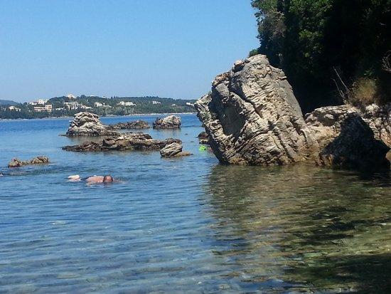 Kassiopi Resort Memento Hotel: plaża Avlaki