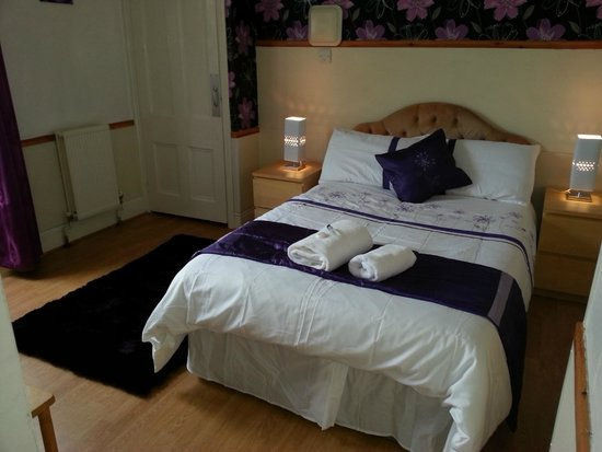 Llanion Lodge, : Double en-suite
