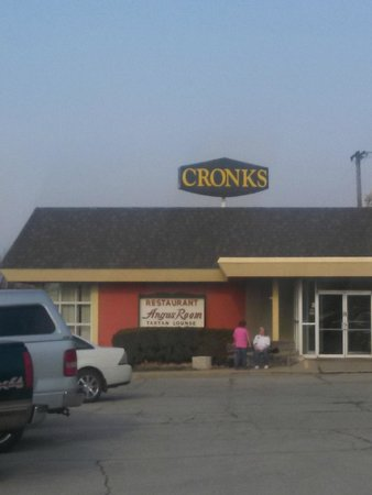 Cronk's Cafe Retaurant and Lounge: From the parking lot