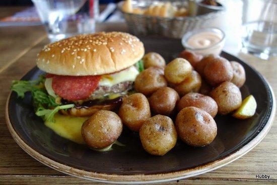 Strikid: lovely burger