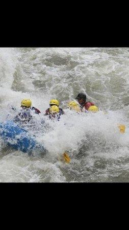 Montana Whitewater Raft Company: Rafting