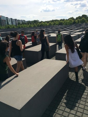 "SANDEMANs NEW Europe - Berlin: Visiting Eisenman's ""Memorial to the Murdered Jews of Europe"""
