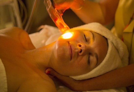 Montaigne Hotel & Spa: Chromathérapie au Spa Montaigne
