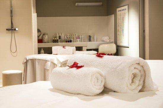 Montaigne Hotel & Spa: Cabine de soin du Spa