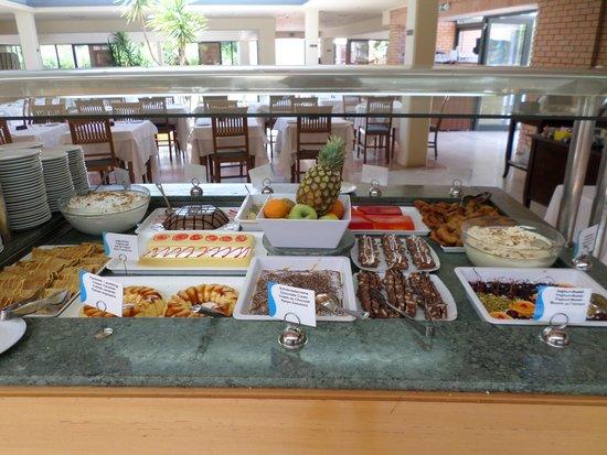 SENTIDO Apollo Palace : restaurant buffet