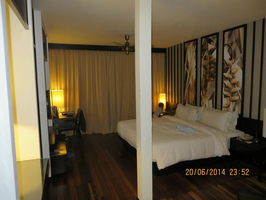 Meritus Pelangi Beach Resort & Spa, Langkawi: Room