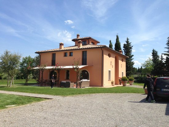 Villa Lestra: The villa
