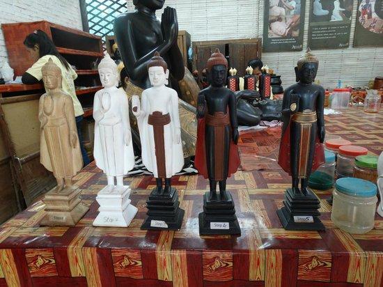Artisans Angkor : Steps in production of handicrafts