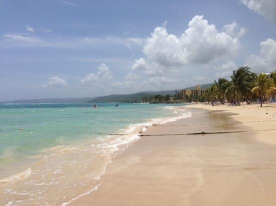 ClubHotel Riu Ocho Rios: пляж