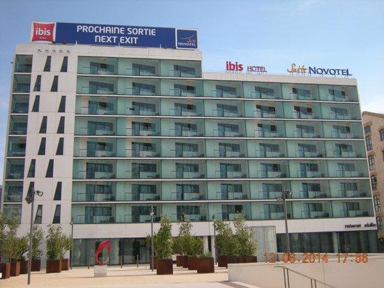 Novotel Suites Marseille Centre Euromed : Facade de l'hôtel