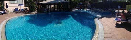 Hotel Terme Cristallo Palace: piscina esterna