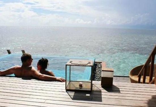 Huvafen Fushi : Our honeymoon, Ocean View over water bungalow, Hufaven Fushi