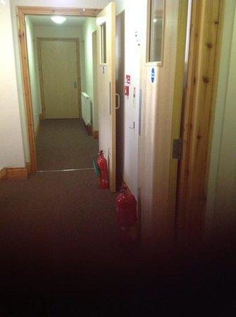 Malago Bed & Breakfast: fire doors propped open!