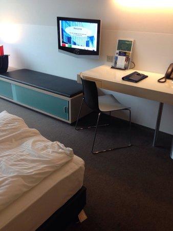 Radisson Blu Hotel, Luzern: Desk