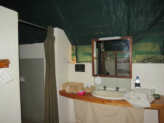 Tarangire Safari Lodge : Bathroom