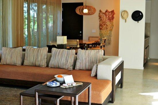 Andaz Peninsula Papagayo Resort : living/dining area of large Andaz suite