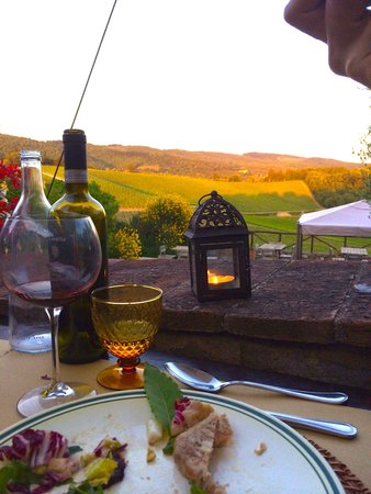 Romitorio di Serelle: dinner on the porch