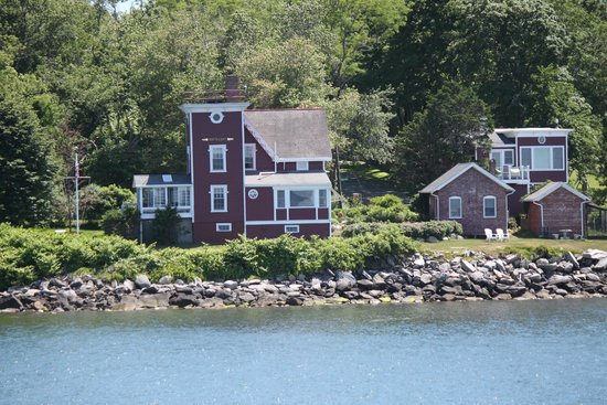 Rhode Island Bay Cruises: Conanicut Island Lighthouse