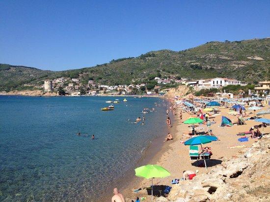 spiaggia campese - Bild von Albergo da Giovanni, Isola Del ...