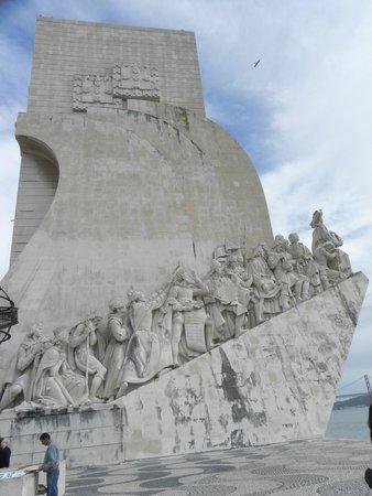 Padrao dos Descobrimentos: Monumento aos descobridores
