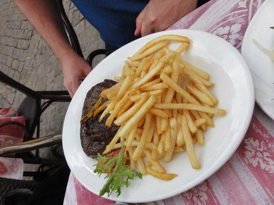 """Restaurant Alter Keller : """"Steak on fire"""""""