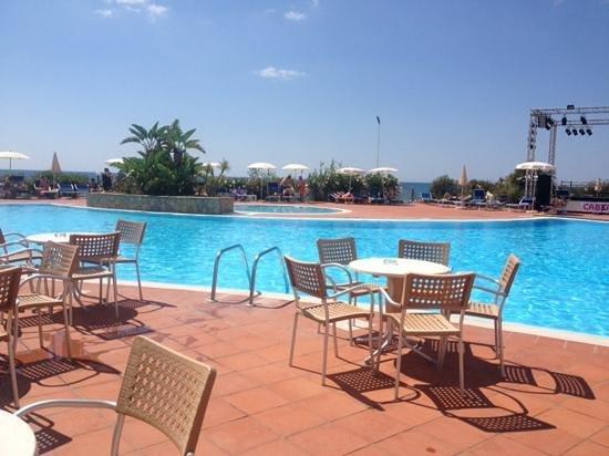 Hotel Flamingo: bordo piscina