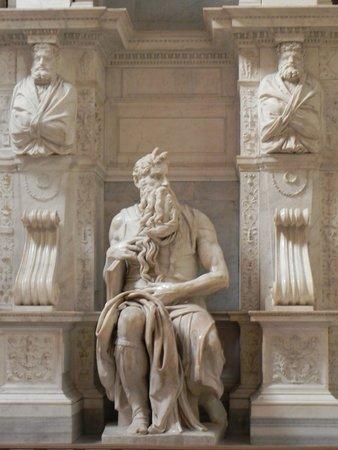 Saint-Pierre-aux-Liens (San Pietro in Vincoli) : Moisés de Michelangelo