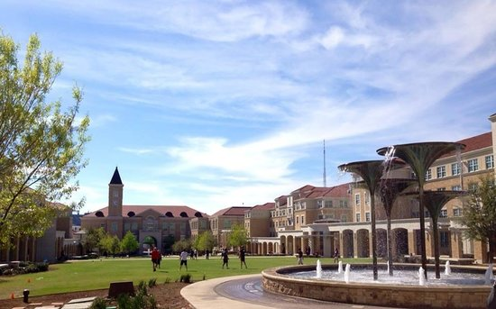 Texas Christian University: Campus Commons