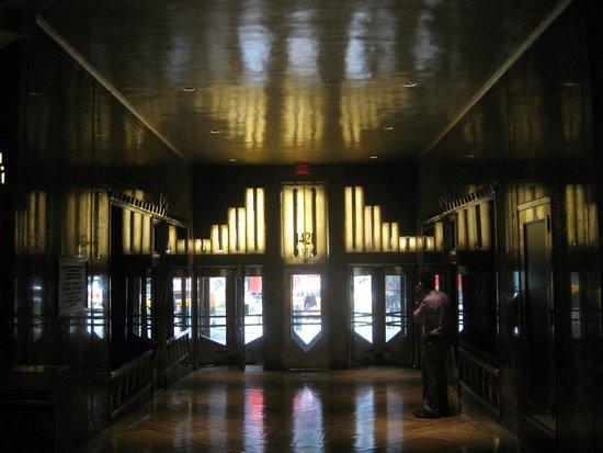 Chrysler Building : exit