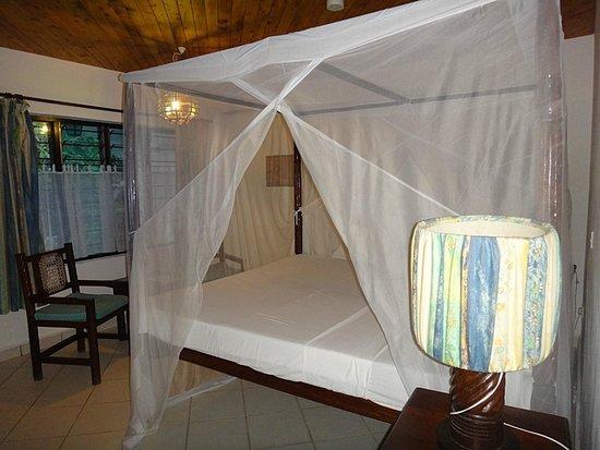 Diani Sea Lodge: room