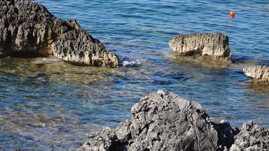 """Hotel Mediterraneo : L'acqua """"blu"""" di Sapri"""