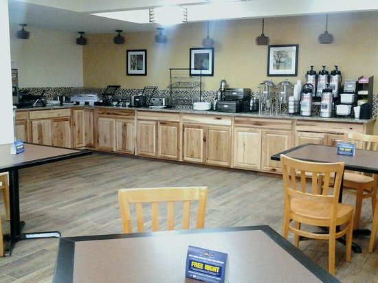 Best Western Teton West: breakfast area