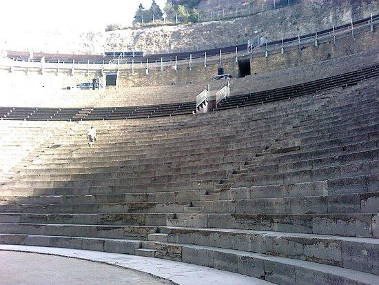 Théâtre Antique d'Orange : Les gradins