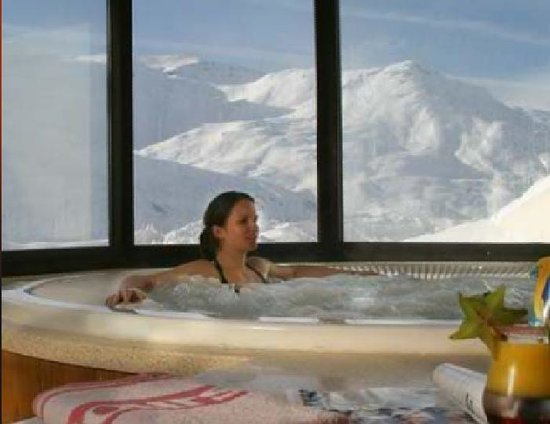 Hotel L'ours Blanc : Jacuzzi