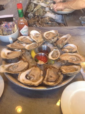 Pearlz Oyster Bar: 1/2 off Dozen Oysters at Pearlz