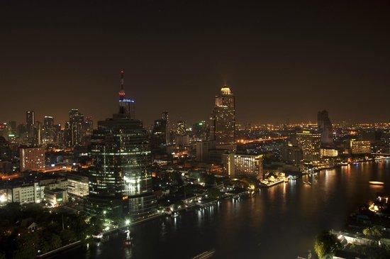 Millennium Hilton Bangkok: Panorama dal terrazzo